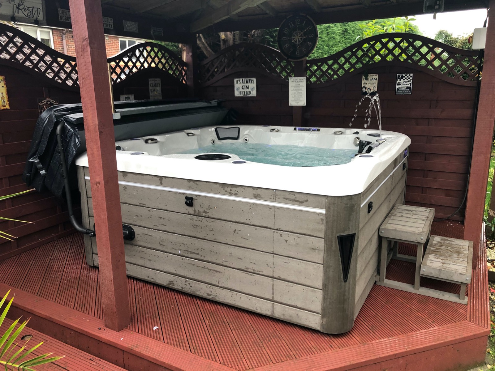 British Hot Tubs Windsor