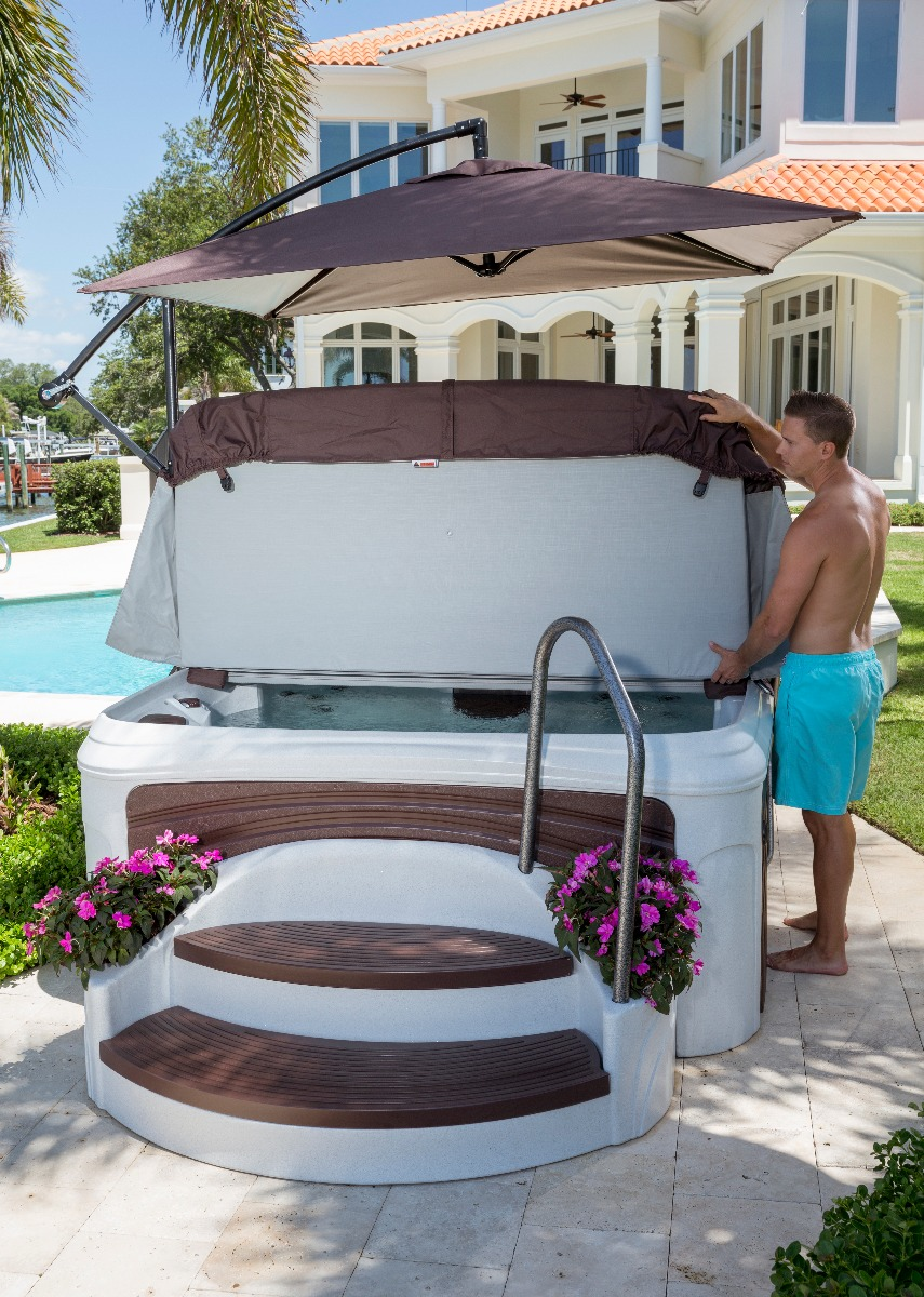 Keeping your Award Suite Spa is easy with a handy cover lifter.