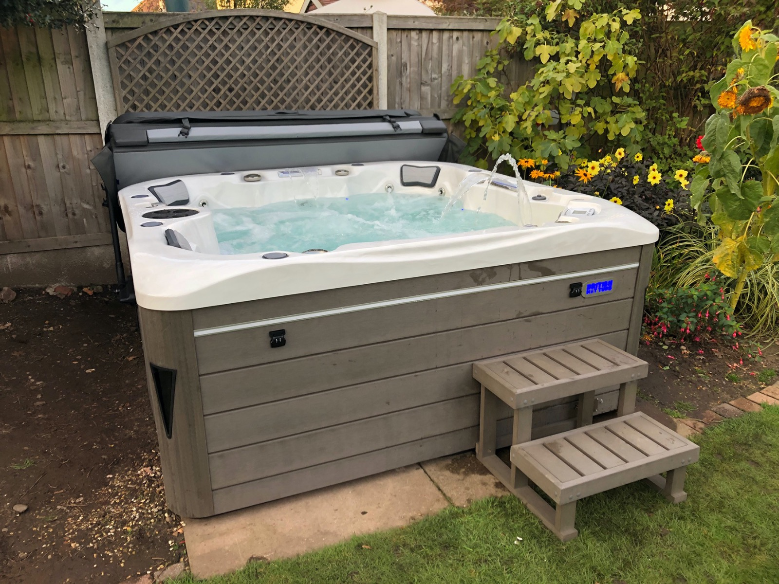 British Hot Tubs Balmoral