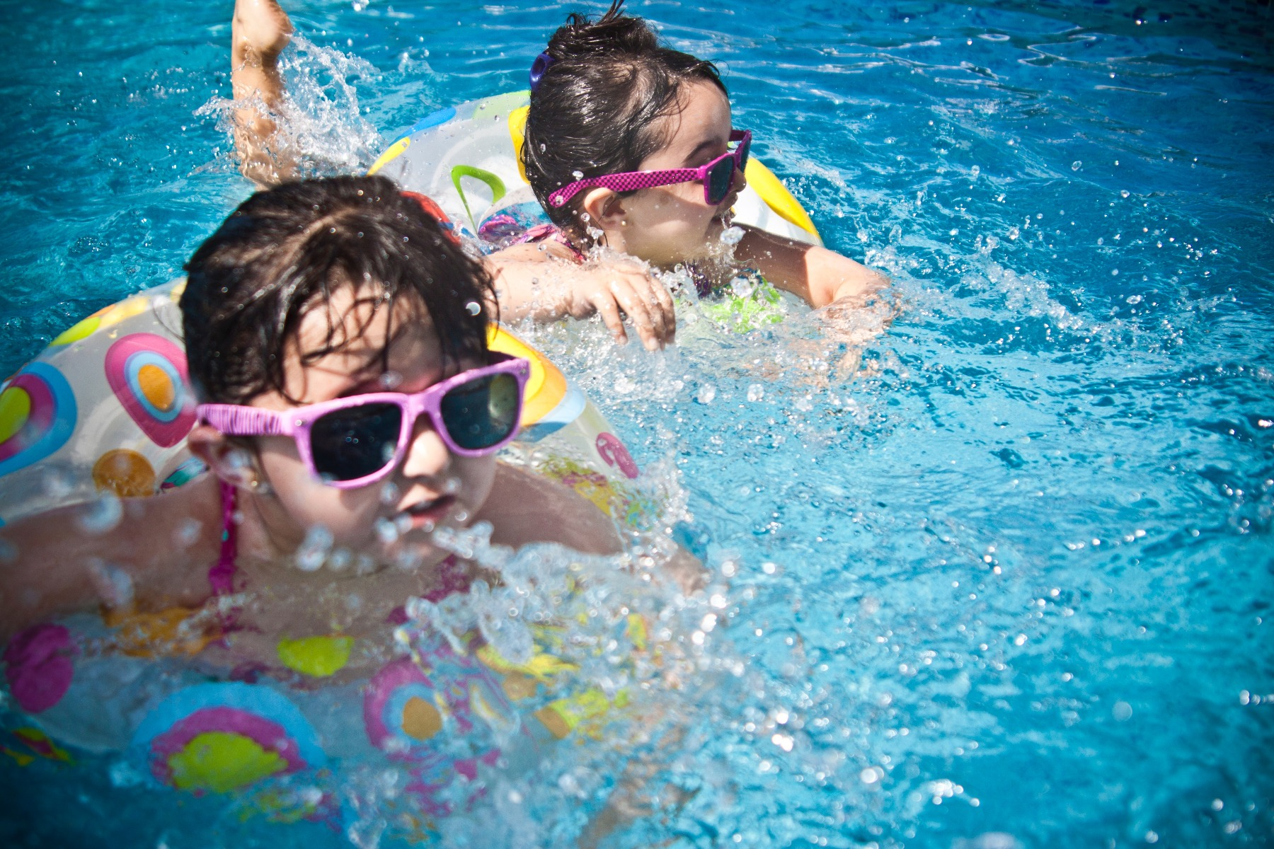 Teaching your kids to swim early will improve their confidence in the water