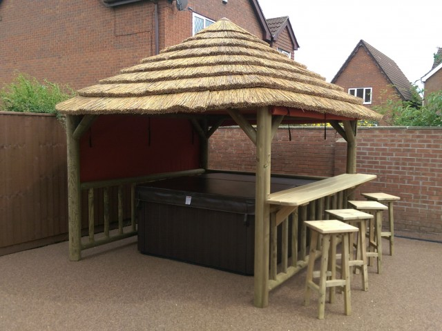 Thatch Gazebo with Bar