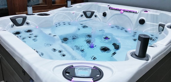 Trade in your hot tub against a new model for a discount